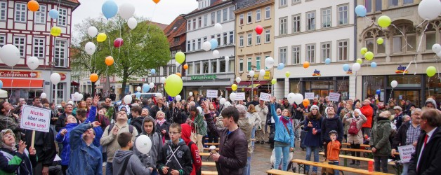 Göttinger Tageblatt, 28.04.2016: Trommeln gegen Barrieren